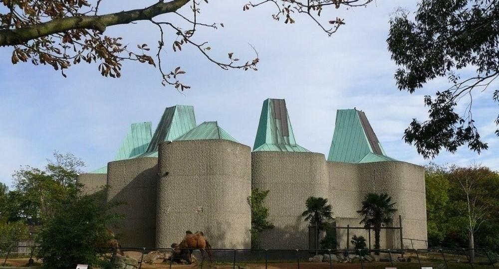 La forma simula la función: pabellón Casson del zoo de Londres
