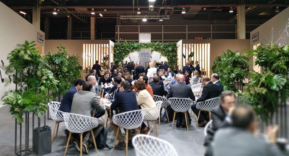 Arquitectura y Empresa visita CEVISAMA 2020