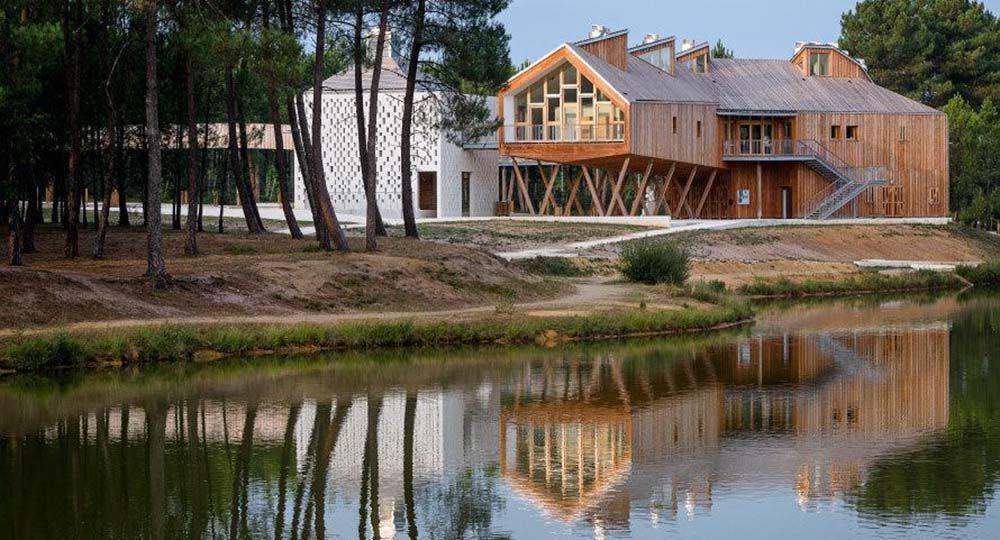 Parc des Labyrinthes de Montendre, encuentro de arquitectura y naturaleza. Atelier Philippe Madec
