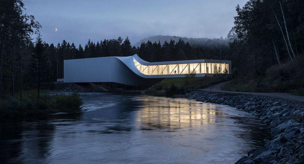 """El museo """"The Twist"""", museo, puente y escultura funcional"""