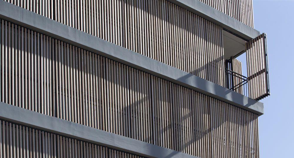 Proteción solar en madera de Gradhermetic para el OKU Ibiza