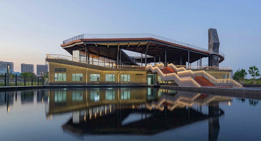 NODE Architecture & Urbanism. Renovación de una planta de reciclaje de agua