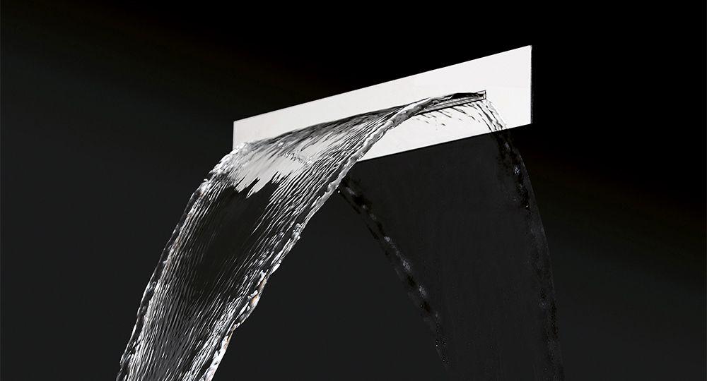 Tendencia en baños: el rociador con salida en cascada más minimalista del mercado