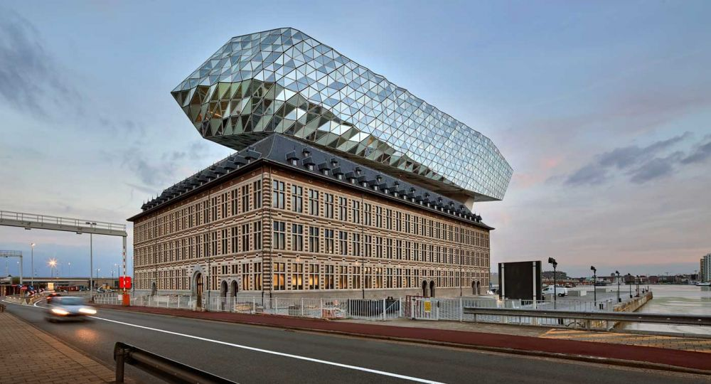Zaha Hadid Architects: El nuevo diamante de la ciudad de Amberes