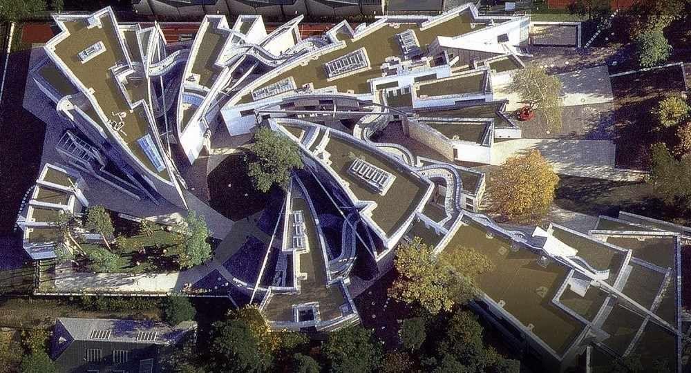De la arquitectura cristalina a la deconstrucción: Zvi Hecker
