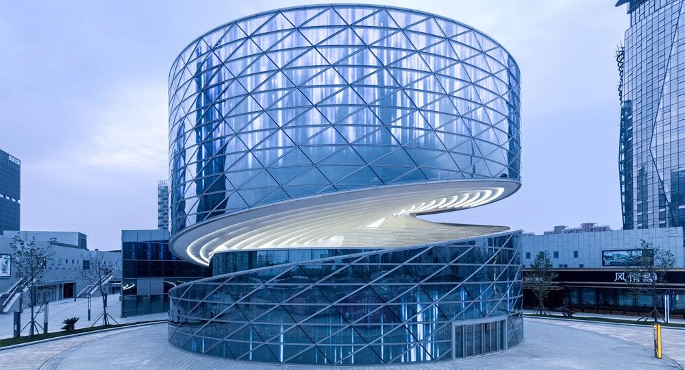 Heli-Stage de ATAH arquitectos. Espiral de cristal