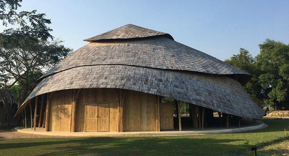 Chiangmai Life Architects. Palacio de deportes de bambú