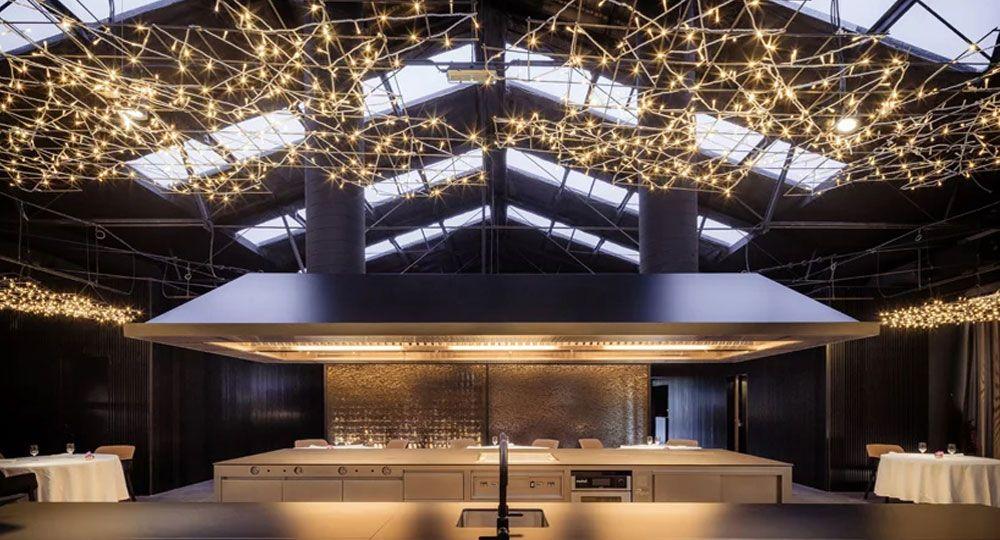 Restaurante Cocina Hermanos Torres. Arquitectura de transparencia