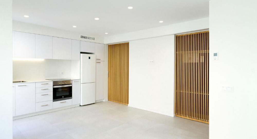 Estudio de arquitectura TUHOME. Remodelación de vivienda con Keraben