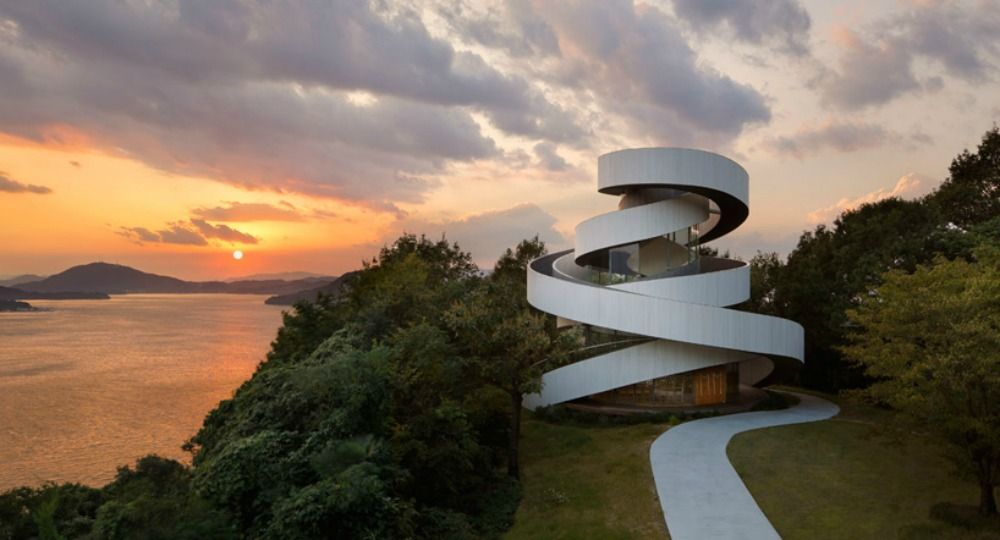 Ribbon Chapel. Arquitectos Hiroshi Nakamura & NAP