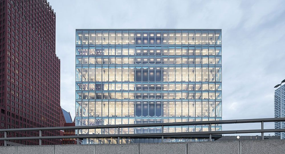 Edificio gubernamental sostenible. Proyecto Rijnstraat 8 de OMA Architects