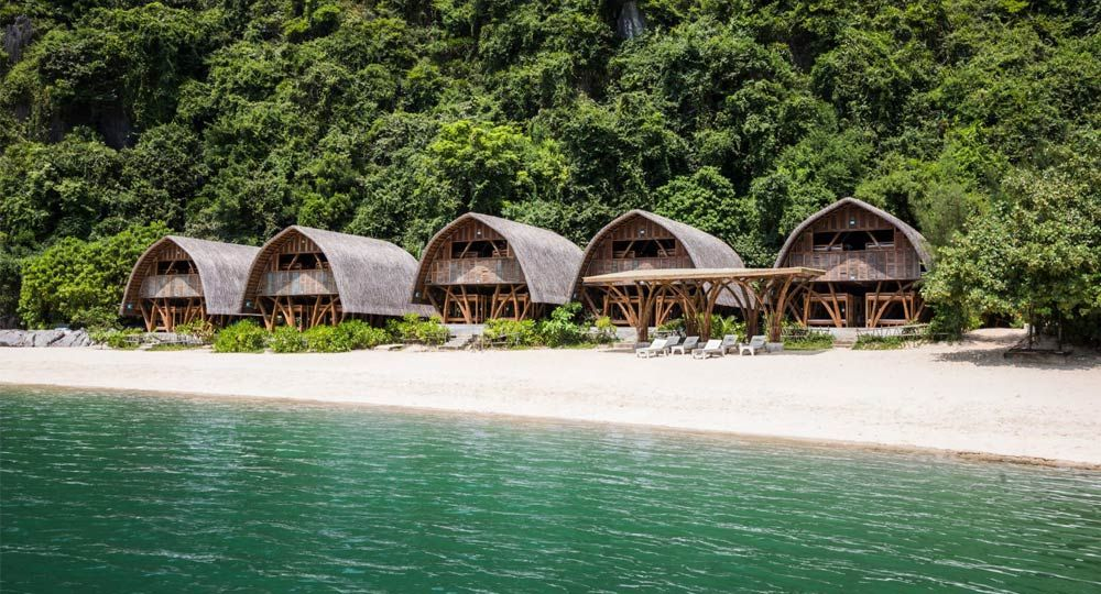 Castaway Island Resort  de Vo Trong Nghia Architects. Bambú y materiales reciclados