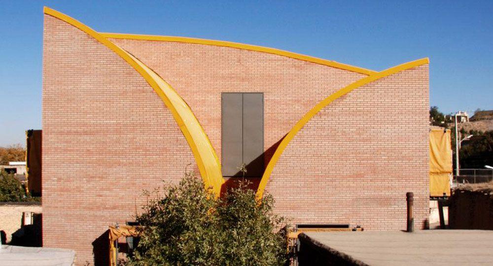 ZAV Architects diseñan hogares para niñas iraníes huérfanas