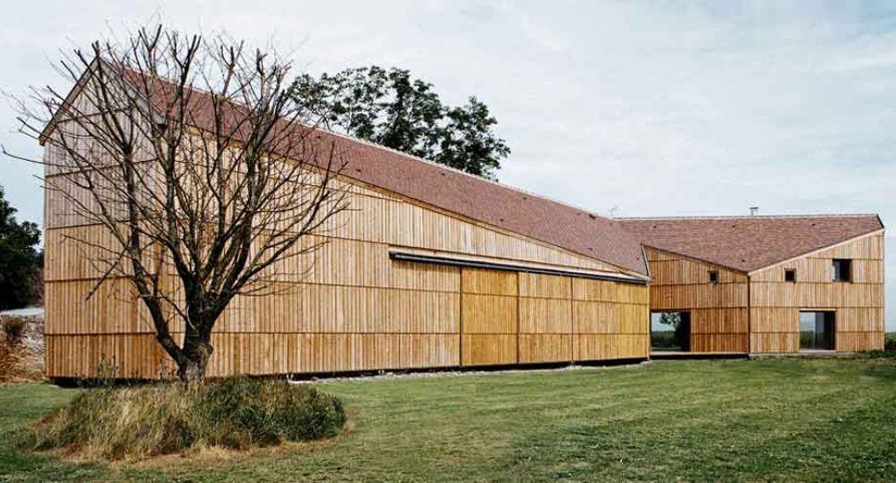 Casa-Granja en Calvados, por Jean-Christophe Quinton Arquitectura