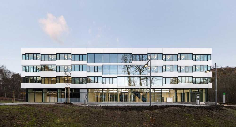 Edificio de investigación CISPA, por Veauthier Meyer Architekten