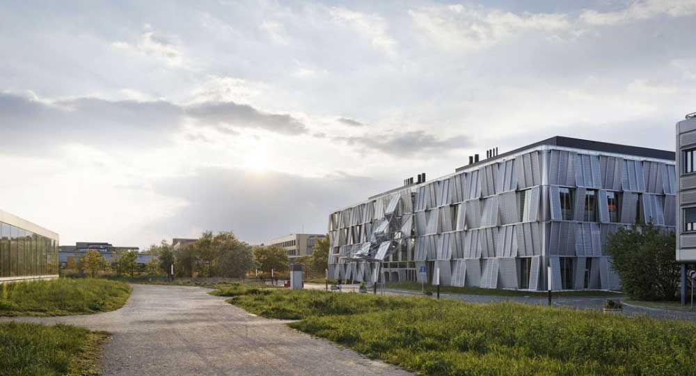 Rehabilitación y ampliación de la Escuela Politécnica Federal de Lausanne, por Dominique Perrault