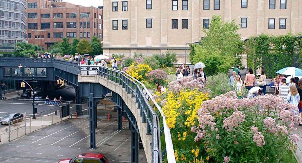 """""""The High Line"""" una antigua infraestructura ferroviaria transformada en  ejemplo de futuro sostenible y habitable de Nueva York."""