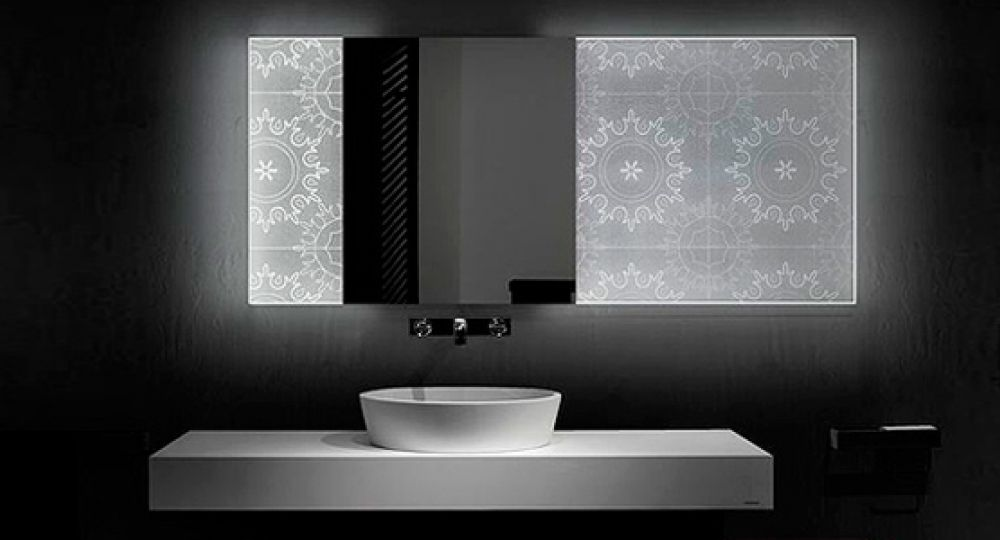 Espejos hologr ficos de led holotech crystals arquitectura for Espejos de bano con led