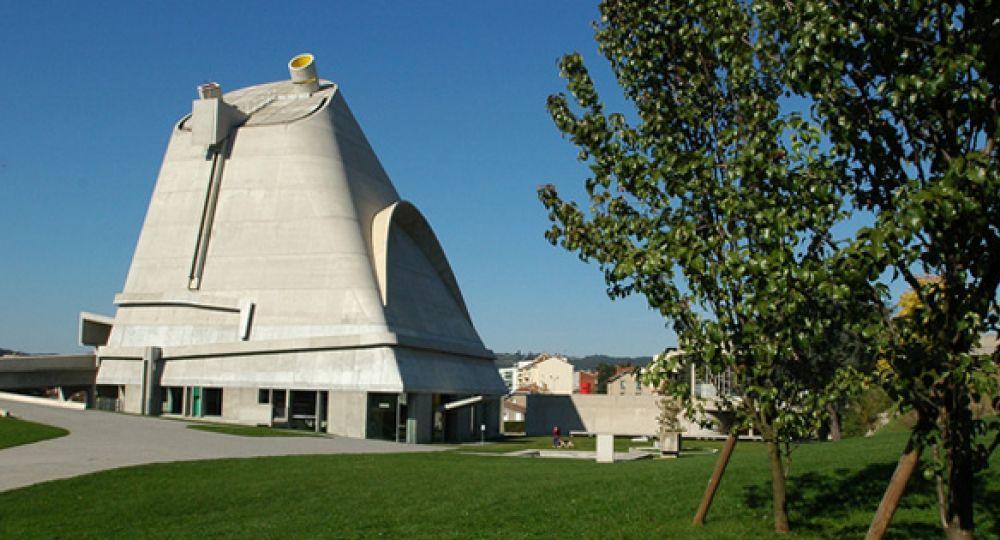 Iglesia de Firminy, obra póstuma de Le Corbusier