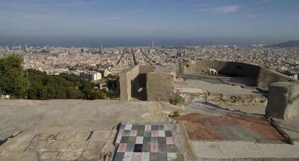 Recuperación de la batería antiaérea del Turó de la Rovira, por Inma Jansana y AAUP Arquitectura