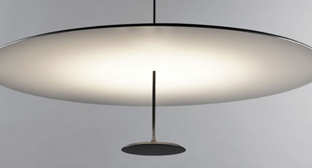 Luminia. Lámpara The Dot, un diseño de Foster + Partners