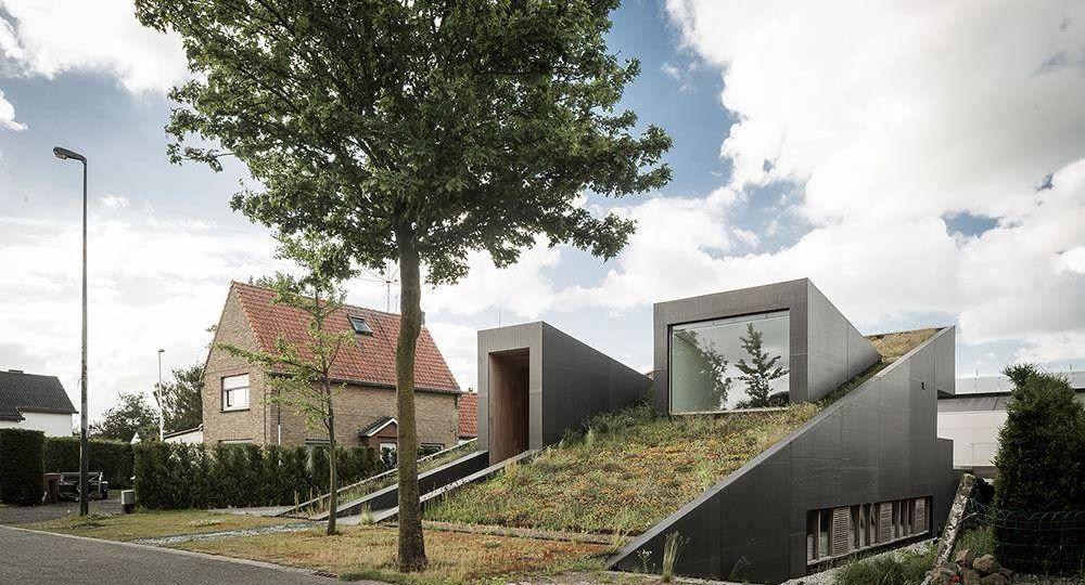 La casa por el tejado. Casa PIBO en Bélgica, por OYO Architects