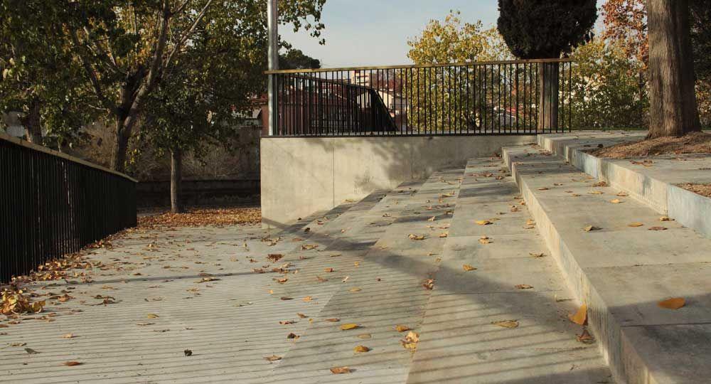 Remodelación de la plaza Pep Rovira en Rubí, por Espinàs i Tarrasó