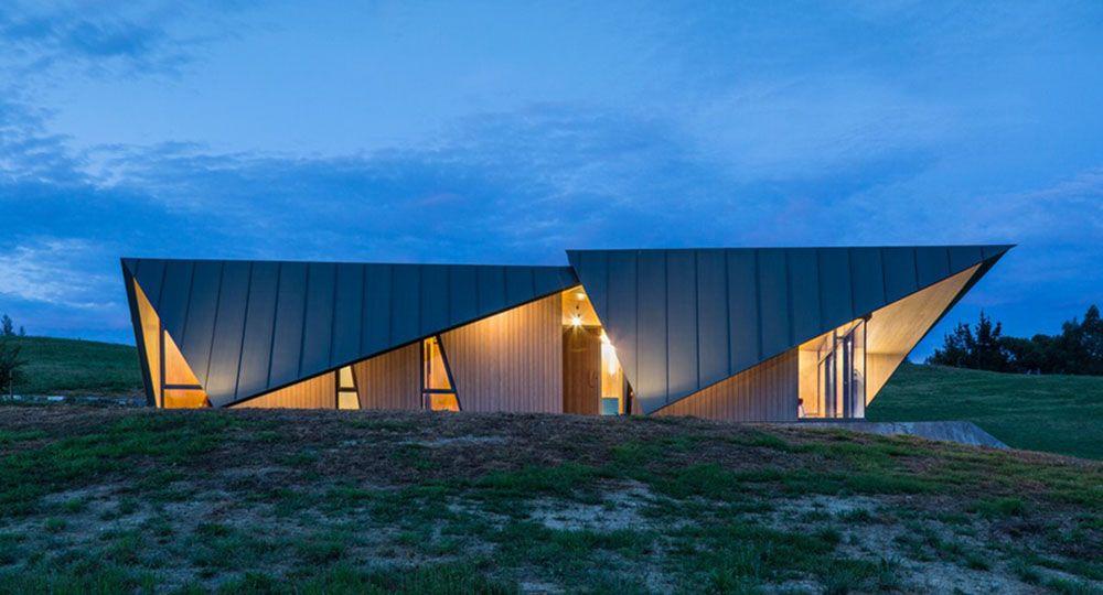 Torea Studio, Waimea Inlet, Tasman, New Zealand. Tennent &Brown Architects.