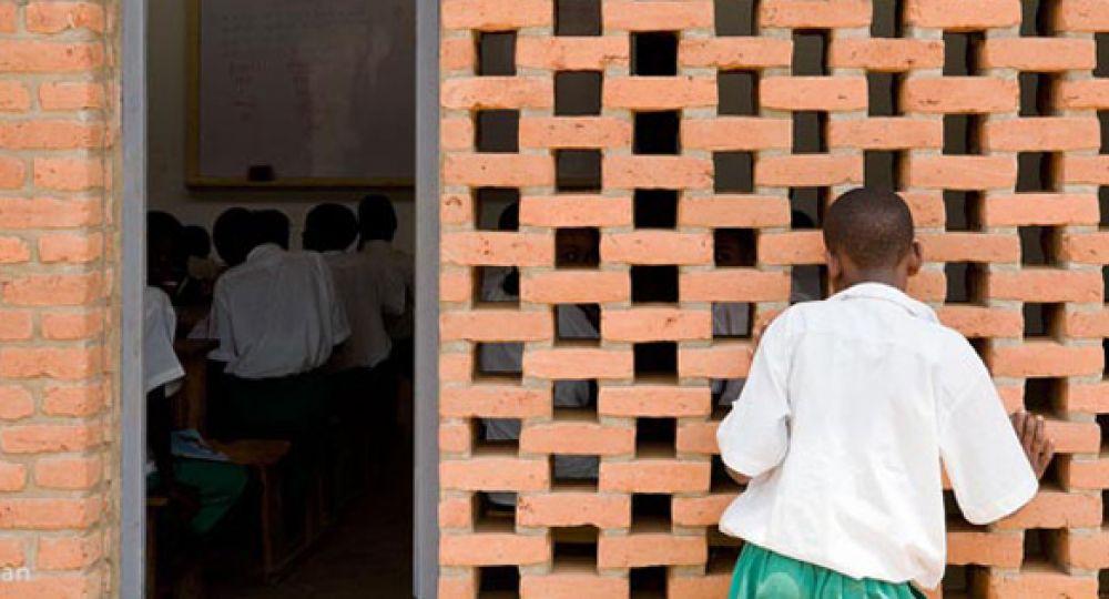 Tradición con diseño, Escuela Primaria Umubano