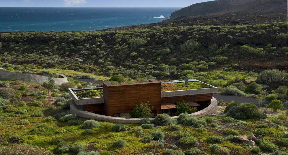 Vivienda bioclimática en Tenerife, por Ruiz Larrea y Asociados