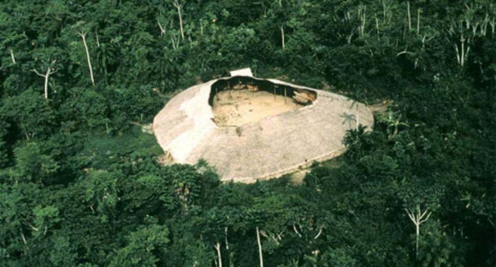 El Shapono (Shabono): Vivienda Colectiva de los Yanomami