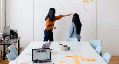 Emprender en Arquitectura: ¿solo o con socios?