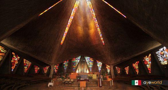 Arquitectura mexicana en Madrid, la Iglesia de Nuestra Señora de Guadalupe.