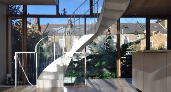 Ampliaciones eficientes y sostenibles: Three rooms under a new roof, Ullmayer Sylvester Architects