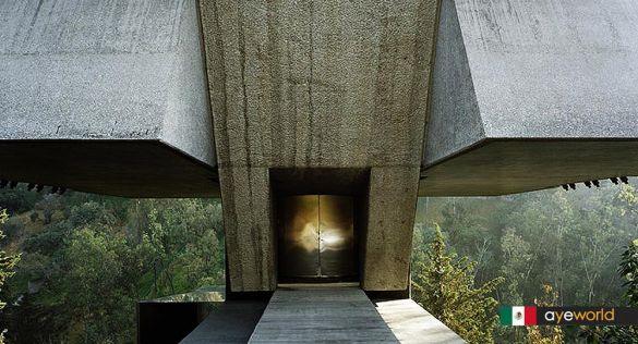 Geometría y gravedad: La Casa Taller de Agustín Hernández