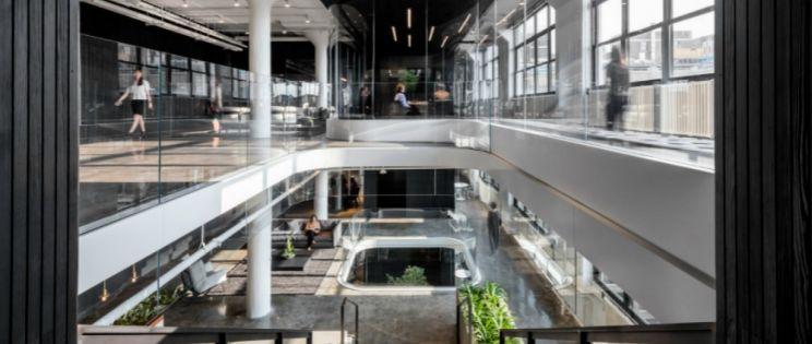 Arquitectura corporativa con filosofía Yin-Yang. Sede Squarespace en Nueva York