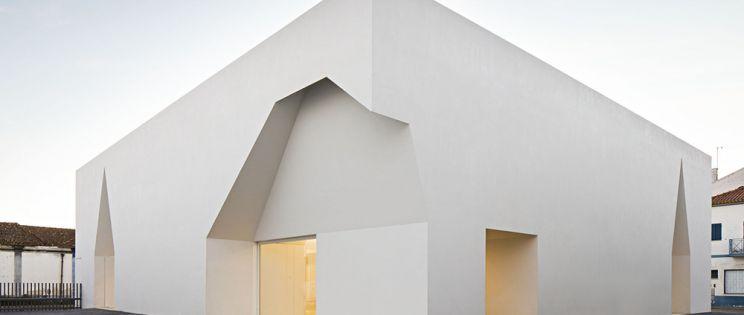 La arquitectura blanca de Aires Mateus.