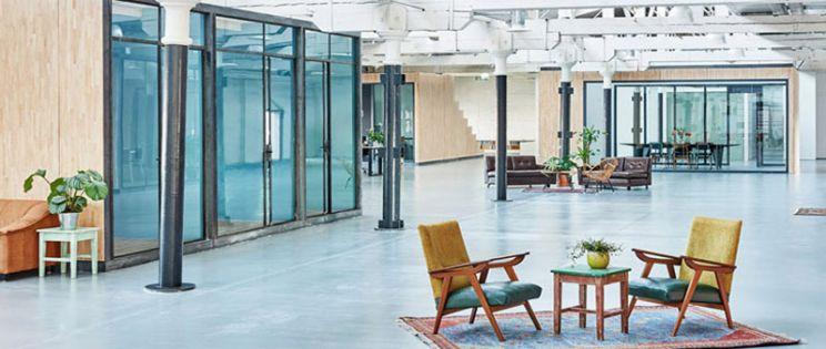 Nuevas oficinas Fairphone, arquitectura interior de est�tica industrial y concepto sostenible