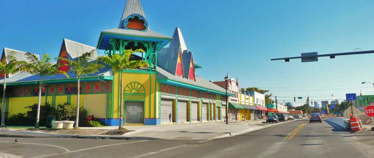 Arquitectura gingerbread en Little Haiti. Miami