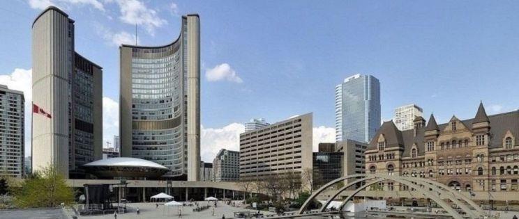 Construir un hito: el Ayuntamiento de Toronto, de Viljo Revell