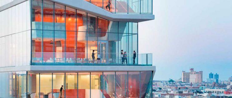 Arquitectura de hormigón, acero y vidrio. Centro Médico Vagelos de Diller Scofidio & Renfro en NY