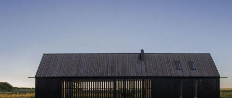 Gotland Summer House, arquitectura sostenible de madera. Enflo Arkitekter