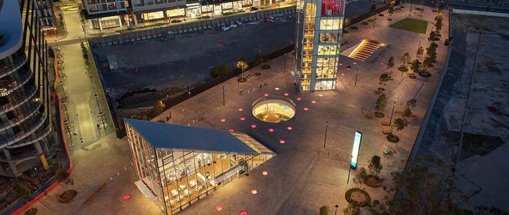 Arquitectura generosa con el espacio público: Green Square Library and Plaza, Studio Hollenstein
