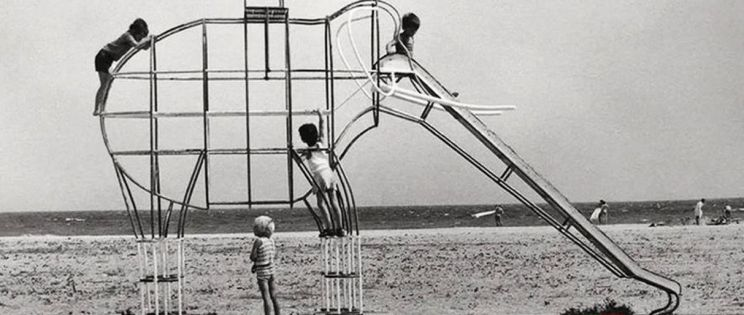Prohibido divertirse, los parques infantiles estandarizados
